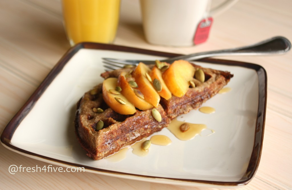 Apple Cinnamon Waffles (GAPS, Paleo)