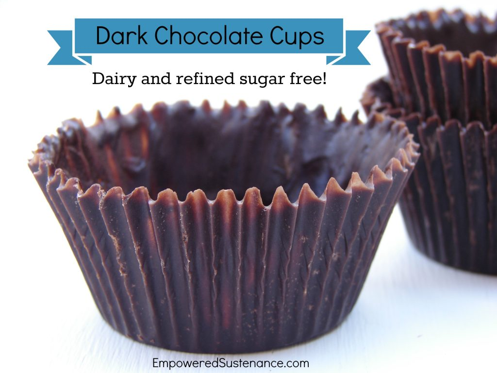 Healthy chocolate cups, without refined sugar and dairy!