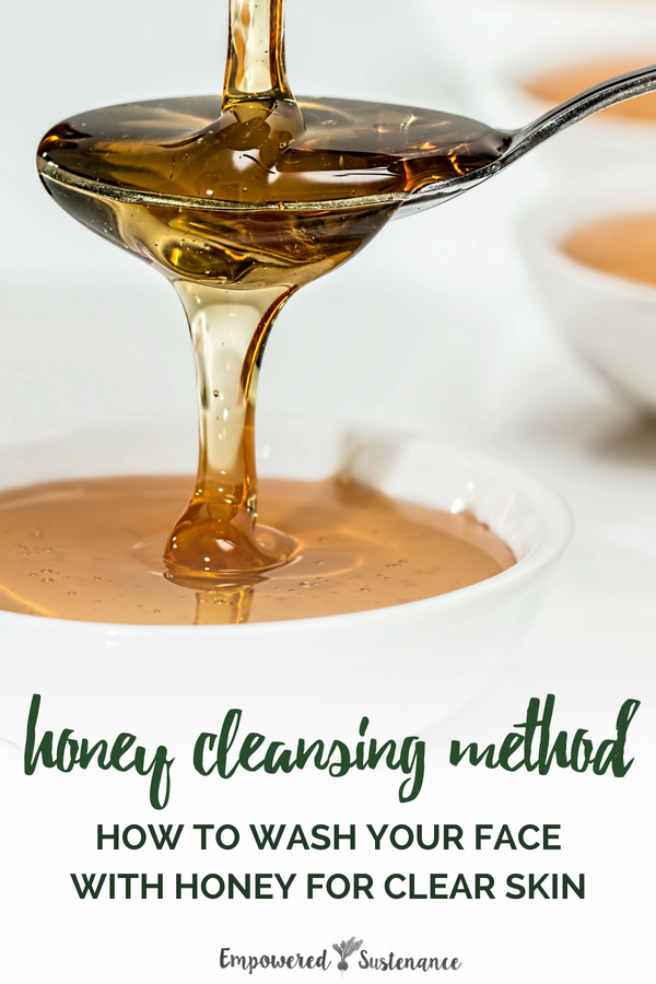 Learn how to wash your face with honey for smooth, clear skin. It is ideal for all skin types, sensitive acne-prone skin or eczema breakouts. #skincare  #naturalbeauty #naturallifestyle #diyskincare #nontoxic #acne #clearskin