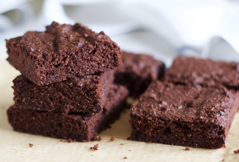 Coconut Flour Brownies | Paleo Brownies