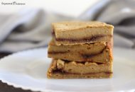 Paleo Cinnamon Roll Bars